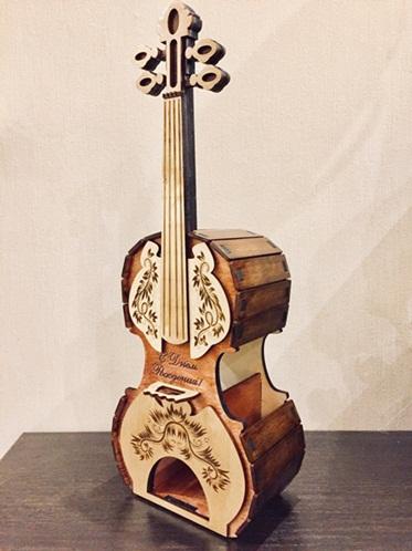 Porta Chá Em Forma De Violino Em Mdf - Decoração